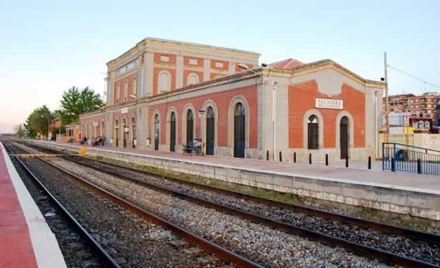 CCOO pide más inversiones para el tren de Talavera