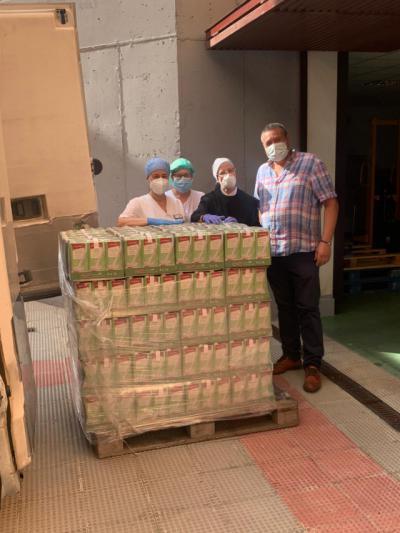 SOLIDARIDAD | Talavera Selecta dona 850 litros de leche al asilo de 'Las Hermanitas de los Pobres'