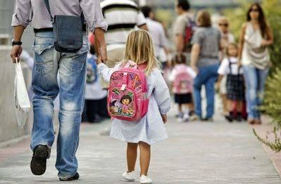 El PSOE afirma que 'no hay ningún niño sin escolarizar' en CLM