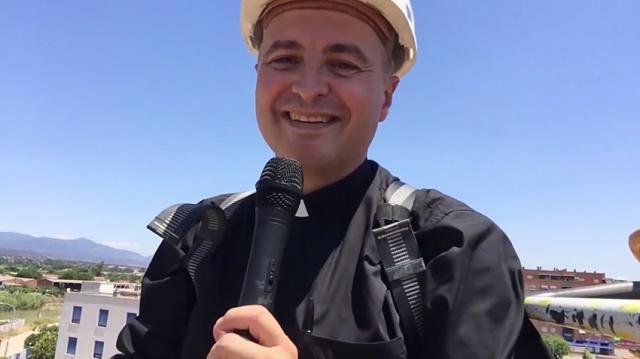 El sacerdote que gritó desde una grúa ¡Viva Talavera, el Corazón de Jesús y la Virgen del Prado!
