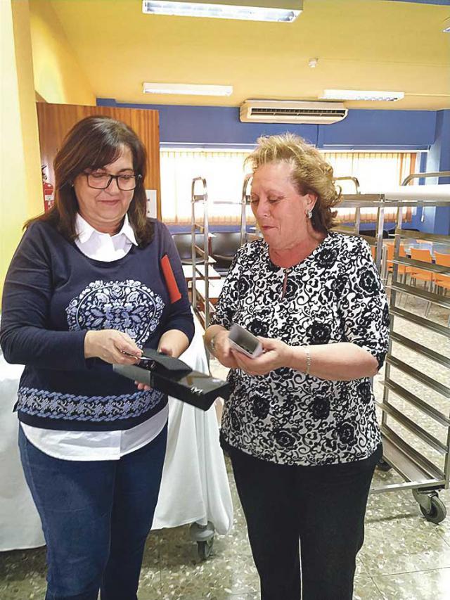 Felisa Sánchez Camino pone fin a su actividad de 40 años en elI.C.S.