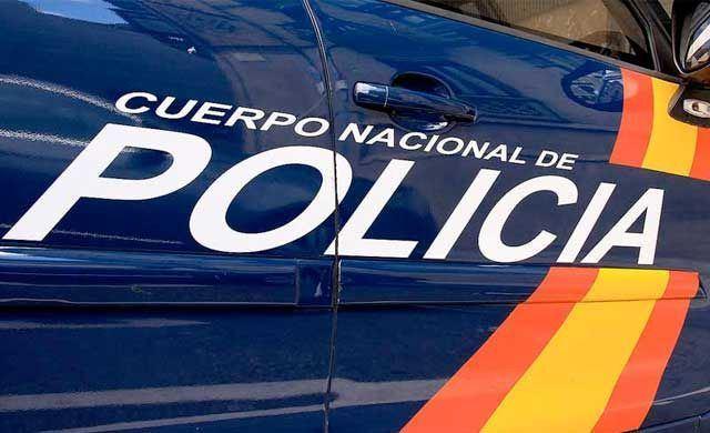La Policía Nacional detiene a una joven tras simular el robo de su teléfono móvil