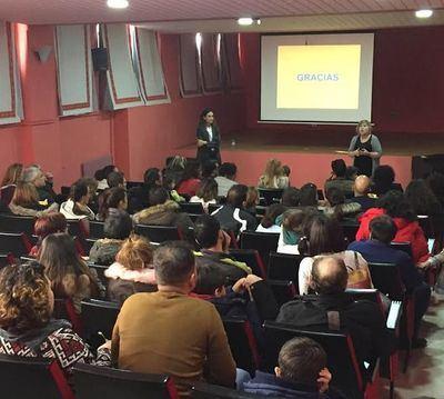 Éxito de participación en la jornada de puertas abiertas del colegio 'Rafael Morales'