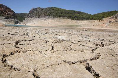 El pantano de Entrepeñas en Sacedón / imagen de archivo