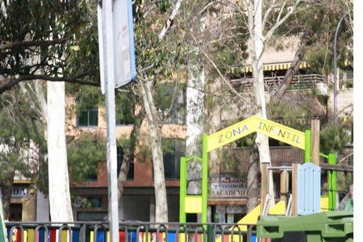 El PSOE pide un Plan integral para recuperar parques infantiles y zonas verdes
