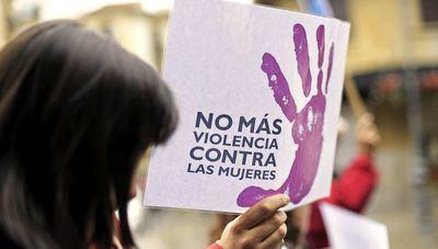Amplían las becas universitarias a víctimas de violencia de género para incluir a sus hijos
