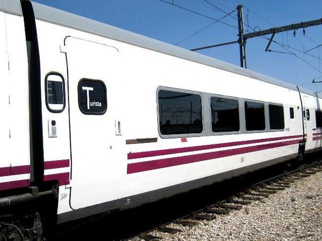 El tren que partió de Madrid a las 21:00 horas de este Miércoles Santo nunca llegó a Talavera