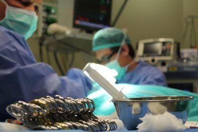 Médicos residentes de toda España se forman en el Hospital de Talavera sobre el abordaje quirúrgico de la mama