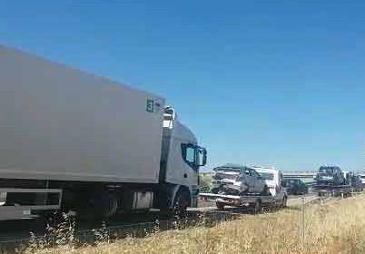Cinco heridos en un aparatoso choque múltiple en la A-5 cerca de Talavera