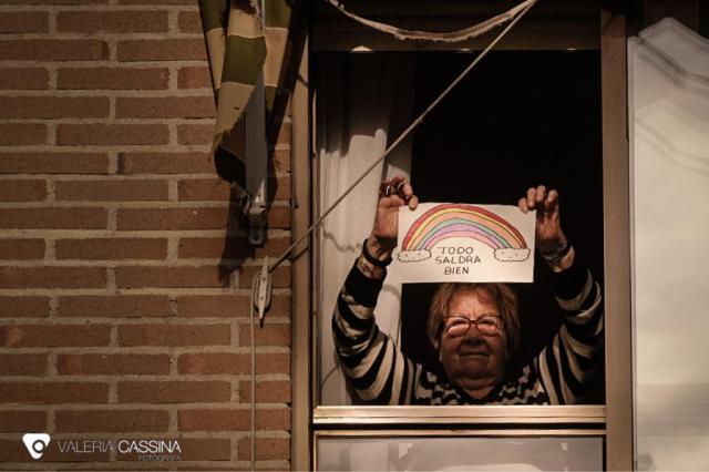 'Imágenes de una cuarentena: Por ellos, no bajemos los brazos'