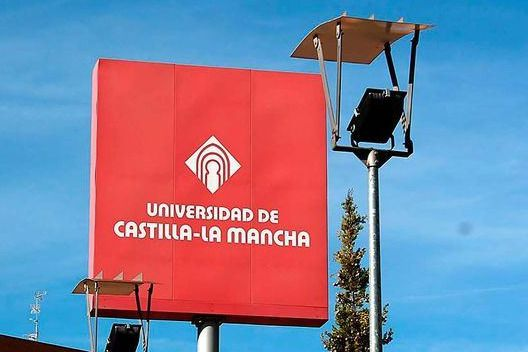García-Page quiere que la primera matrícula universitaria sea gratuita