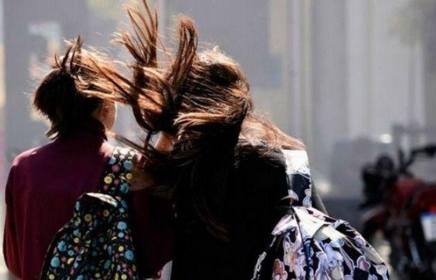 El fuerte viento, protagonista en el inicio de semana