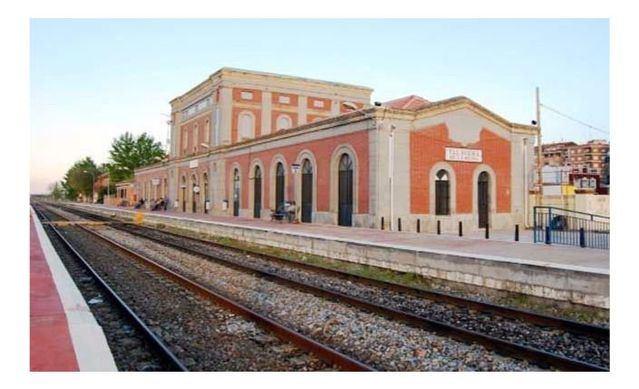 El pleno pide la inclusión del trayecto del tren Madrid-Talavera en el abono transporte