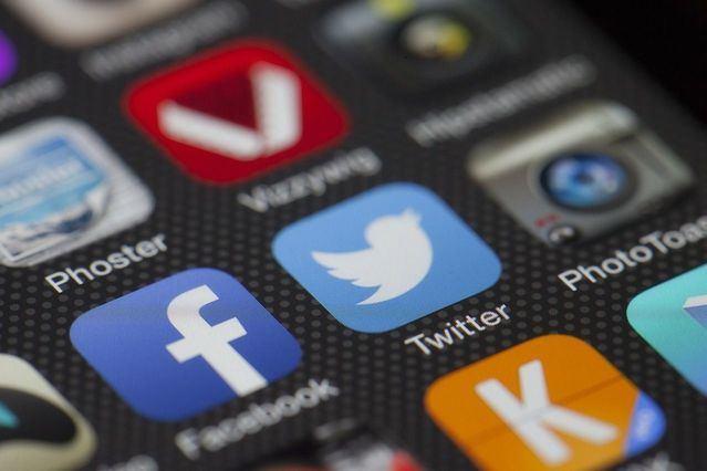 Un año y 11 meses de cárcel por abusar sexualmente de una menor a la que localizó en redes sociales