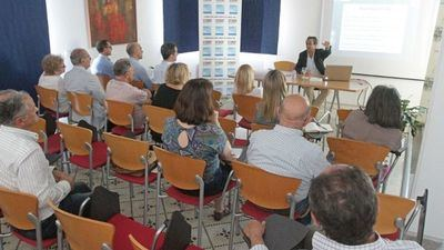 Detenido un catedrático talaverano de la Universidad de Cádiz por el presunto desvío de más de un millón de euros