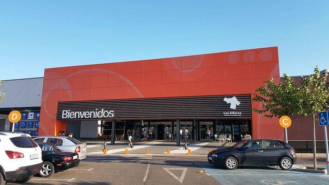 El CC Los Alfares amplía su oferta comercial con dos nuevas tiendas