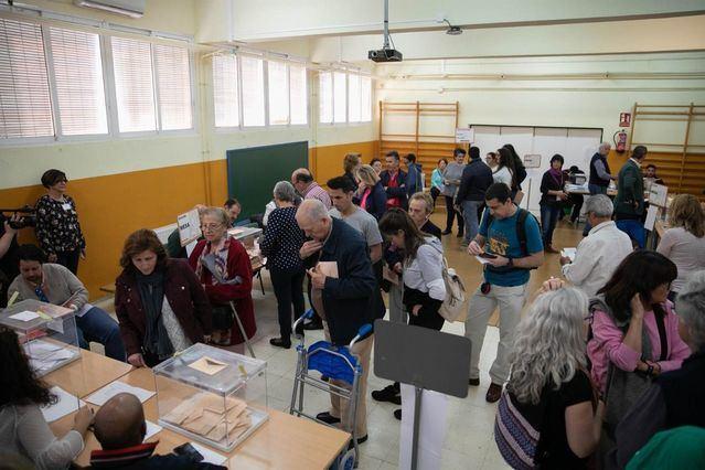 La jornada electoral en CLM comienza sin incidencias