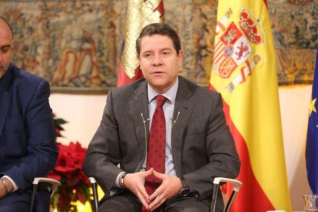 """García-Page preside el acto institucional del Día de la Región, bajo el lema """"Castilla-La Mancha nos une"""""""