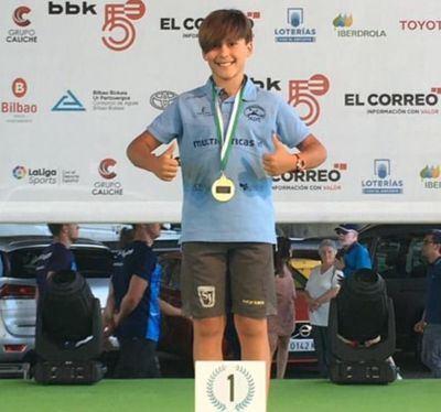 Lucas Muñoz, joven palista del Talak, medalla de oro en el Campeonato de España