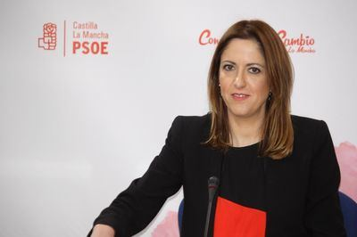 "Cristina Maestre: ""¿Van a nombrar a Cospedal presidenta de honor del PP una vez archivada la causada de la 'mordida'?"