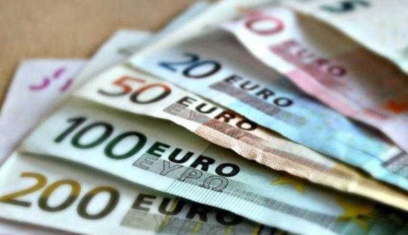 Detenida por estafar durante cuatro años más de 65.000 euros a una mujer mayor