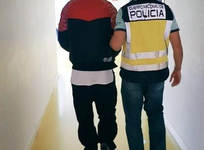 Detenido detenido por dos robos y un delito de abuso sexual