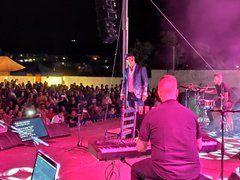 El concierto de Paco Candela triunfa en Segurilla y la comarca de Talavera