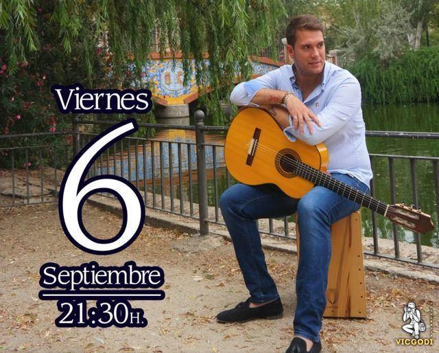 El talaverano León Martínez actúa este viernes en los Jardines del Prado