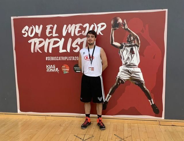 Gran papel del talaverano Carlos Pavón en el concurso 'Se busca triplista'