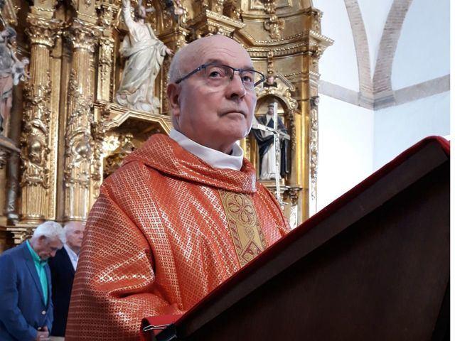 Día grande para un sacerdote (fotos)
