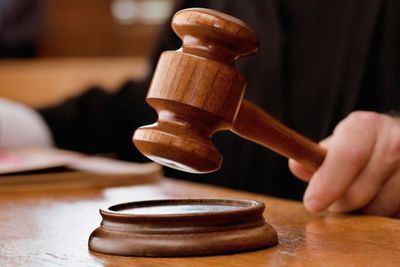 Comienza el juicio contra un acusado de agresión sexual en el baño de un bar