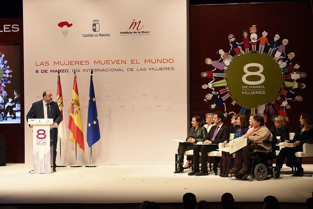 La Junta primará a las mujeres con hasta el 66% más de ayudas dentro del Plan de Autoempleo