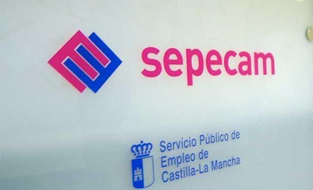 Baja el paro en 2.145 personas en Castilla-La Mancha