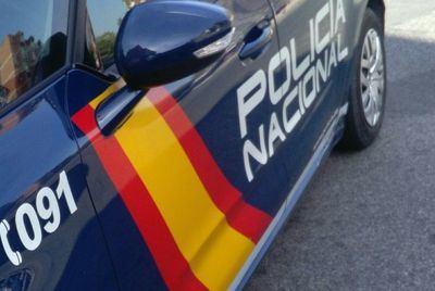 Dos jóvenes detenidos minutos después de dar un tirón una mujer de edad avanzada