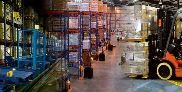 CLM facilitará por ley los trámites administrativos a las empresas que se quieran instalar en la región