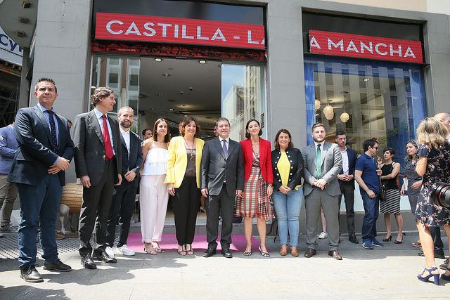 La cerámica talaverana, protagonista de la Oficina de Promoción de Castilla-La Mancha en Madrid