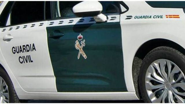 La Guardia Civil investiga las causas del accidente en la N-401 en el que falleció un niño de cuatro años
