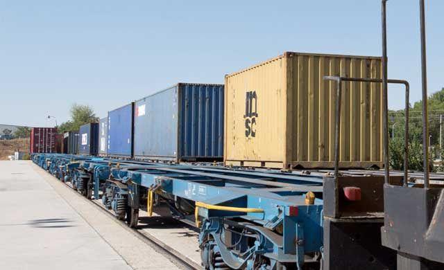 La Junta y el Ayuntamiento firmarán un protocolo para la puesta en marcha de la plataforma logística