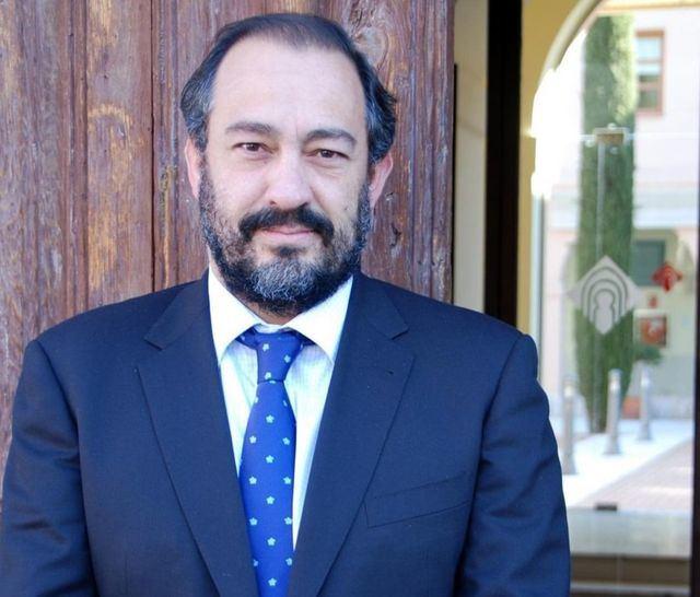 Julián Garde presenta su candidatura a rector de la UCLM