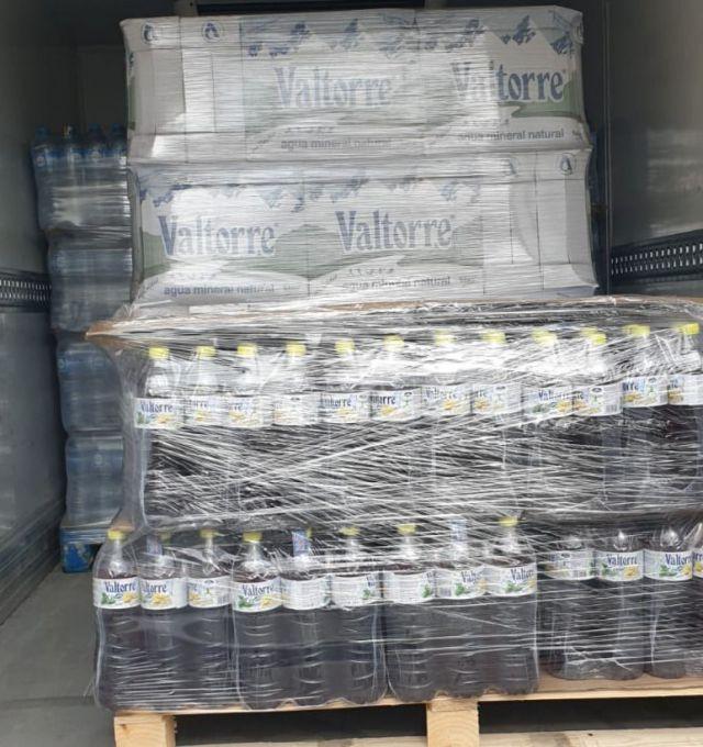 COVID-19   Nuevo envío de 5.000 litros de agua y té de Valtorre para el IFEMA