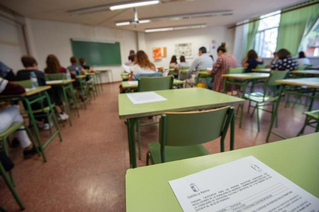 Mañana, cita para los 12.172 aspirantes a las plazas de auxiliar técnico educativo y auxiliar de enfermería