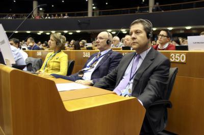 Page promueve en Europa la defensa de los intereses regionales ante la amenaza arancelaria de EEUU
