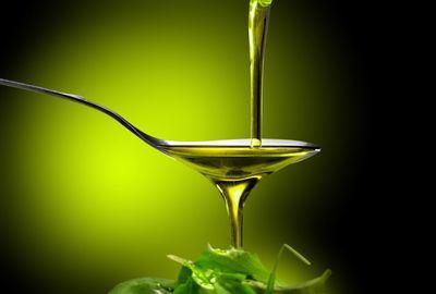 ACTUALIDAD | Anuncian un paquete de medidas para asegurar el futuro del aceite de oliva