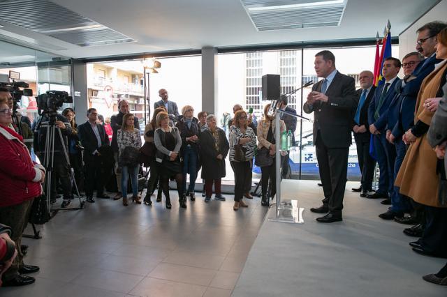 El presidente García-Page visita la Casa de Castilla-La Mancha en Córdoba