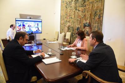CORONAVIRUS | Reunión de Page con la oposición
