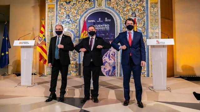 CELEBRADA EN TALAVERA | La cumbre entre CLM, CyL y Aragón en fotos