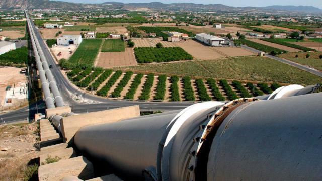 Los ribereños piden al nuevo Gobierno que intervenga en Murcia por el trasvase