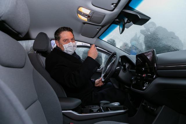 REGIÓN | Page presenta los 34 nuevos vehículos ecoeficientes del parque móvil de la Junta