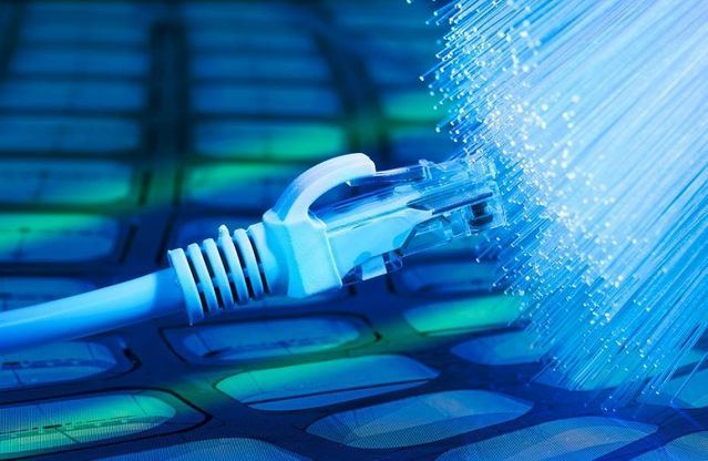 CLM | El despliegue de fibra óptica en la región es 3 veces superior a la media de España