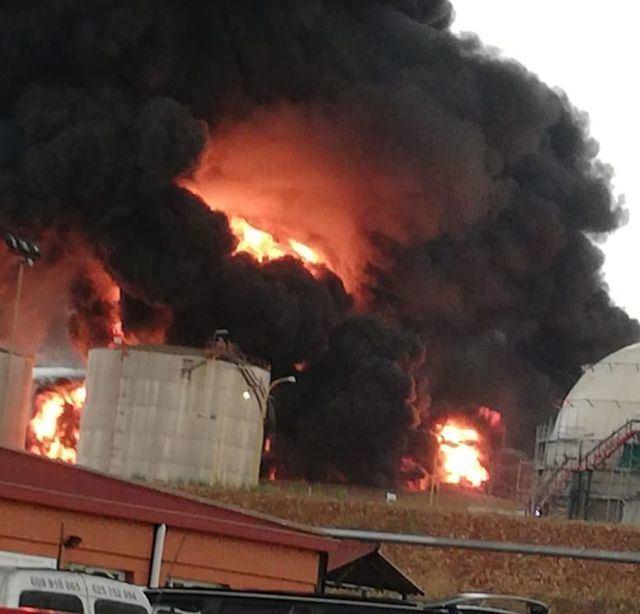 VÍDEO | Explota un tanque de Repsol en Puertollano